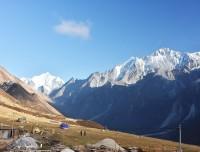 Himalayan-view-at-langtang-valley-trek