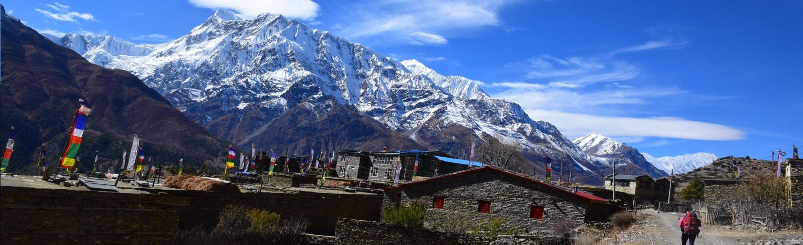 Ngawal-village-annapurna-circuit-trek-nepal