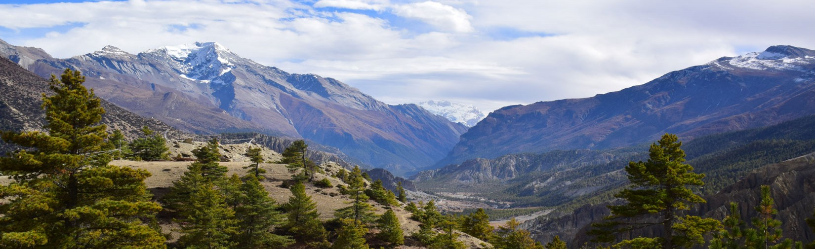 beautiful-landscape-seen-from-manang